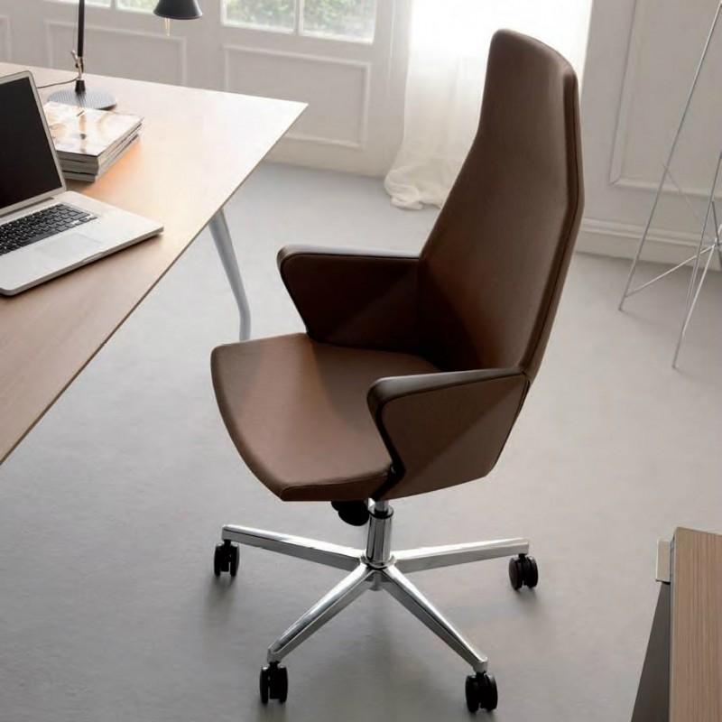 Poltrona direzionale da ufficio con schienale alto e for Poltrone direzionali ufficio